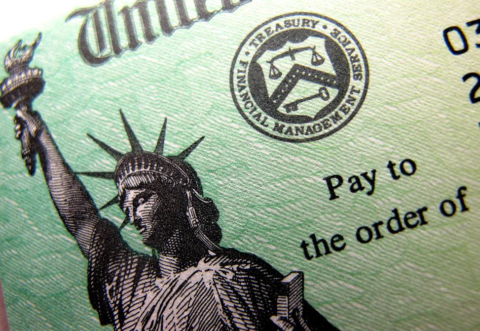 Immigrant Eligibility for Stimulus Checks / Elegibilidad de Inmigrantes para los Estímulos Económicos